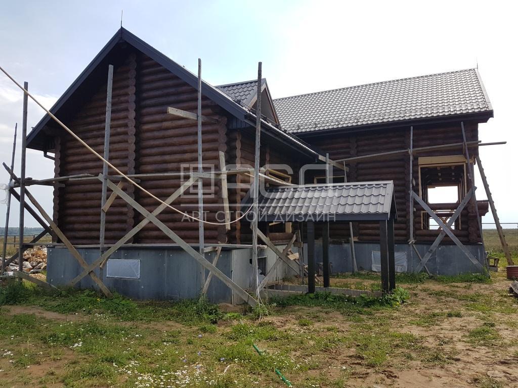 Дом из оцилиндрованного бревна в Зеленогорске