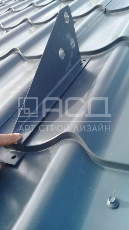 Гараж на одну машину с вальмовой кровлей в Раменском районе д.Колоколово