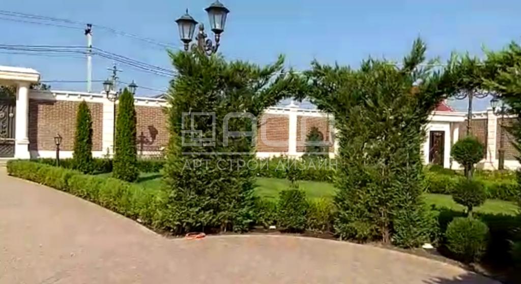 Отделка фасада дома в Краснодаре натуральным камнем